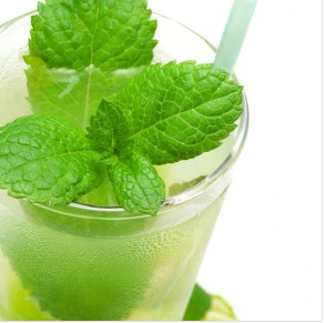 Mojito Cocktail (Photo Credit: Liquor.com)