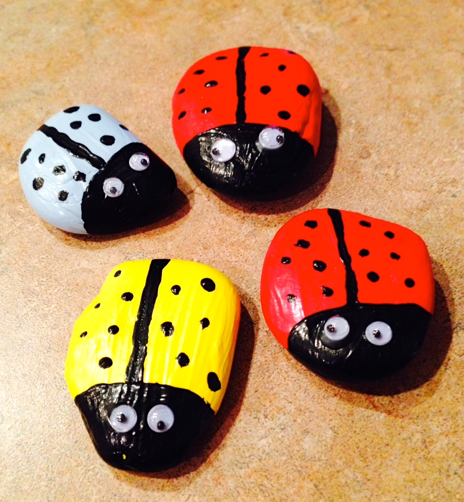 Lady Bug Garden Decor from SimpleSolutionsDiva.com.