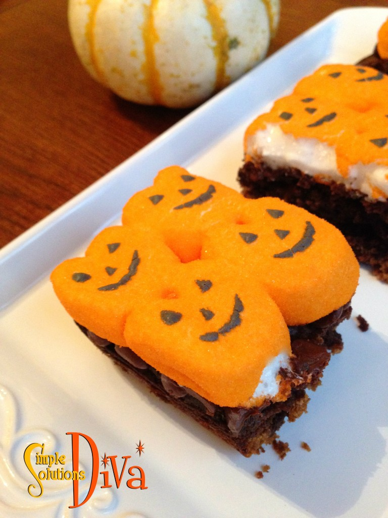 Pumpkin Peeps Brownie S'Mores from SimpleSolutionsDiva.com.