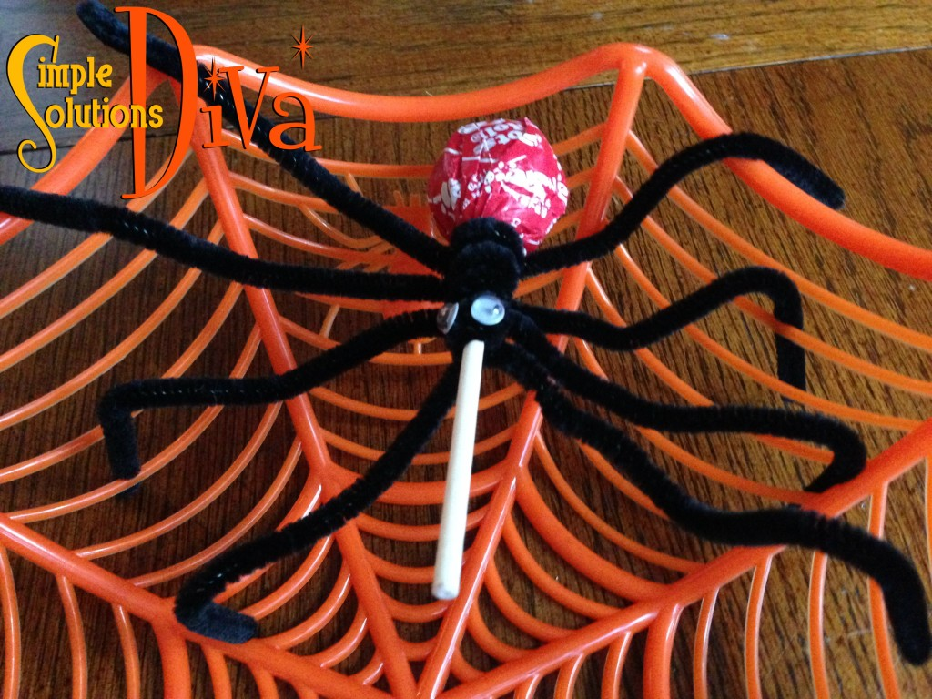 Halloween Spider Pops from SimpleSolutionsDiva.com.